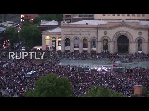 Armenia: Thousands flood Yerevan's Republic Square to support Pashinyan