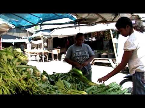 WAENGAPU, The Most Unique market, Sumba   Wonderful Indonesia  - HQ