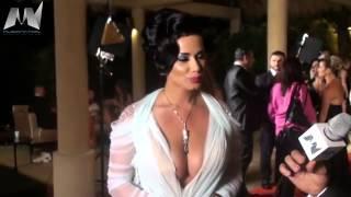 فيضحة جوانا كريم - عارية الصدر !!!