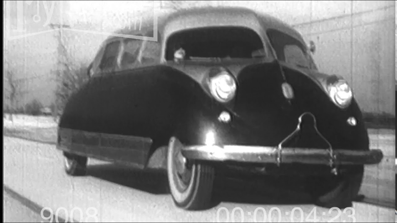 1930s Vintage Modern Automobile Coupe - YouTube