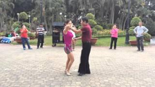 Bachata bài 3- CLB Khiêu vũ dưỡng sinh Nhịp sống vui