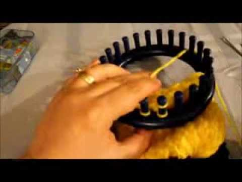 How To Make A Mohawk Hat On A Round Loom Youtube
