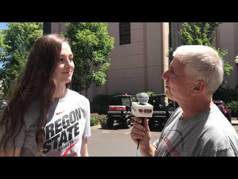 Oregon State Beavers - OSU freshman Kennedy Brown and Taylor Jones arrive in Corvallis!