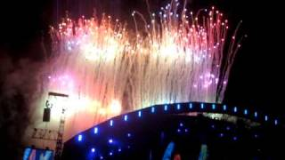Coldplay - Life in Technicolour & Fireworks (whole)  Old Trafford Cricket Ground 12/09/2009