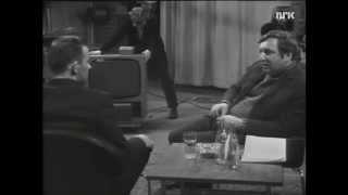 Kjære Kollega! Arthur Arntzen blir intervjuet av Rolv Wesenlund. (1972)