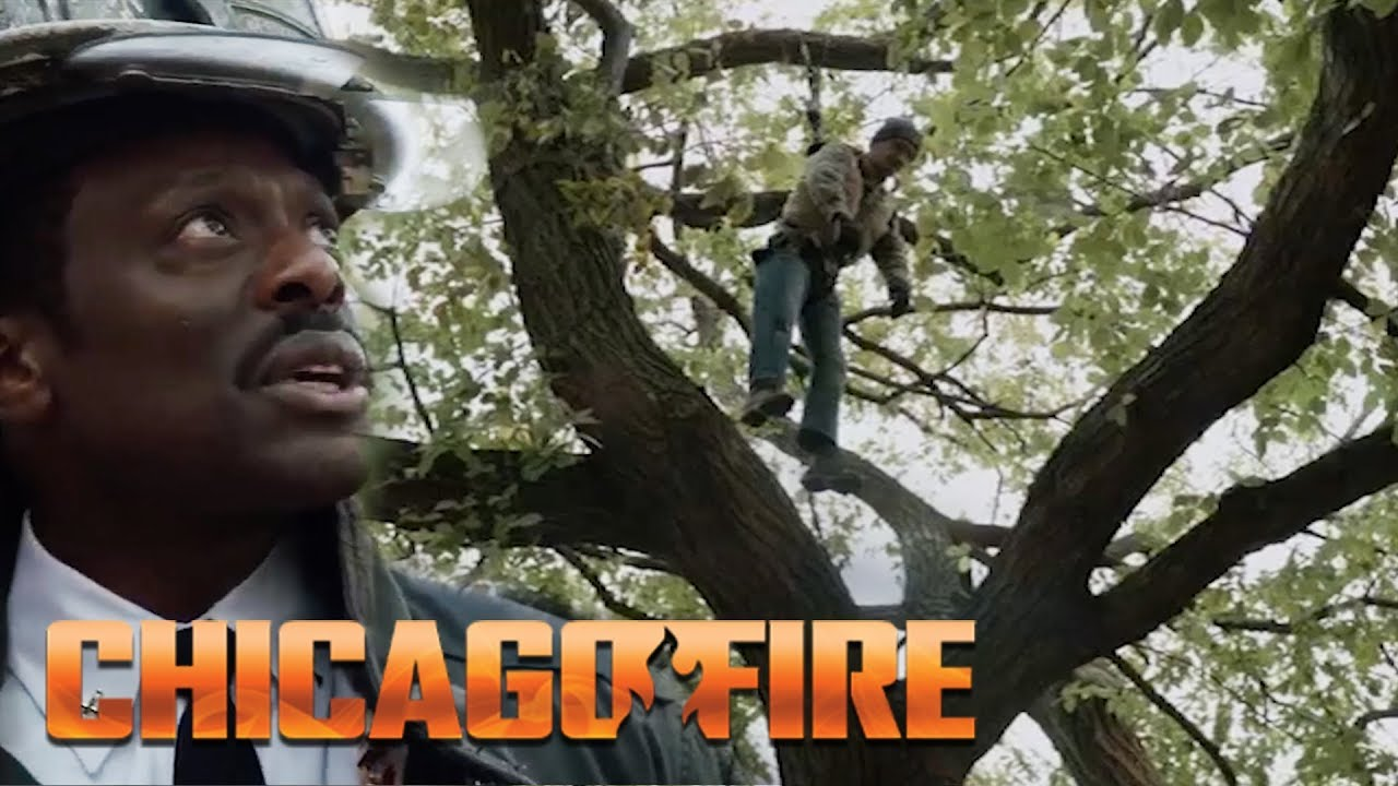 Man Hangs From A Tree   Chicago Fire