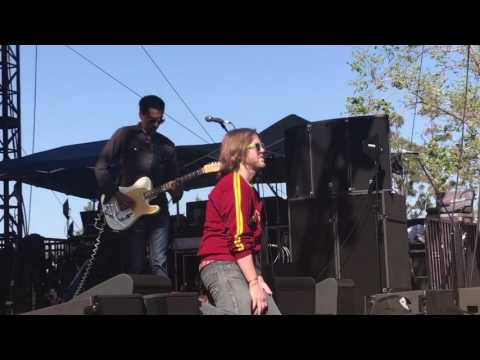 Saves the day freakish live when we were young