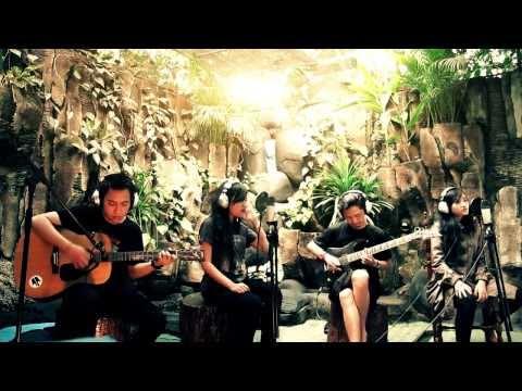 Ailen - Tunjukan Arah (Semi Acoustic Live!)