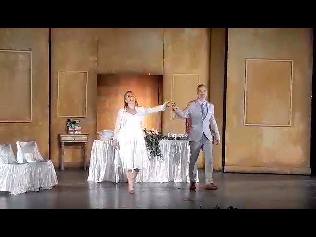 Ειδικές περιστάσεις - Μαριάννα Τουμασάτου - Θύμιος Κούκιος - Χειροκρότημα StellasView.gr