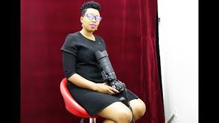 Umukobwa mwiza wakijijwe no gufotora Gutinyuka ndetse no kwizigama ibanga nakoresheje