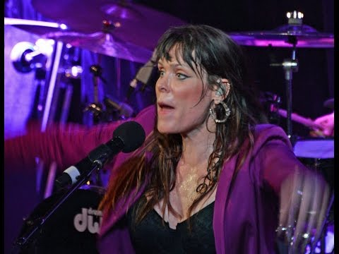 "Beth Hart, ""I'd Rather Go Blind"" (Amazing Live Version In Nashville, TN)"