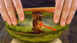 Coupez la pastèque en deux, vous n'en reviendrez pas !