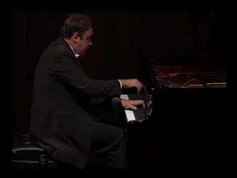 "Alexander Ghindin plays Beethoven's Sonata in C Minor ""Pathetique"" 1/2"