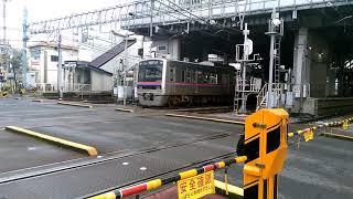 京成津田沼駅周辺の踏切から。