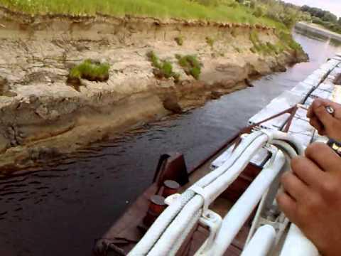 видео: речной толкач на туре.