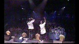 Busta Rhymes live (3/3) : Rise again + Bladow 50 + Tead da roof off + Who Ha (@ Koln)