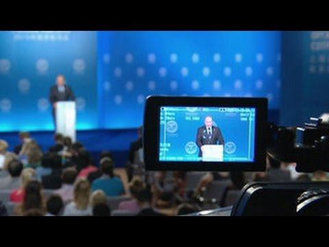Путин начнет занятия йогой с духовного развития