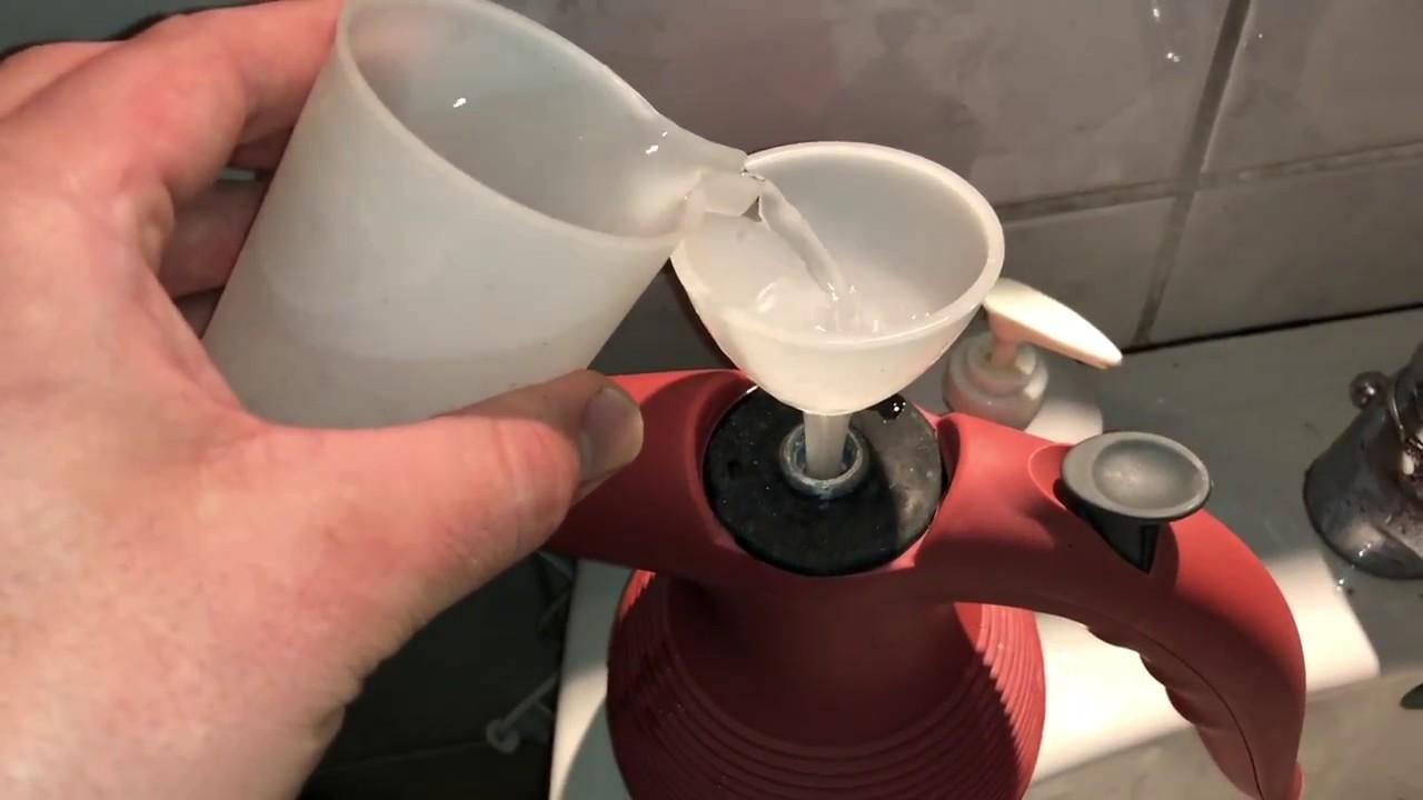 Berühmt Mit einem Dampfreiniger (Dampfente, Dampfkesselgerät) die VT79