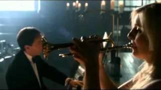 Alison Balsom joue Bach (Concerto en ré majeur).wmv