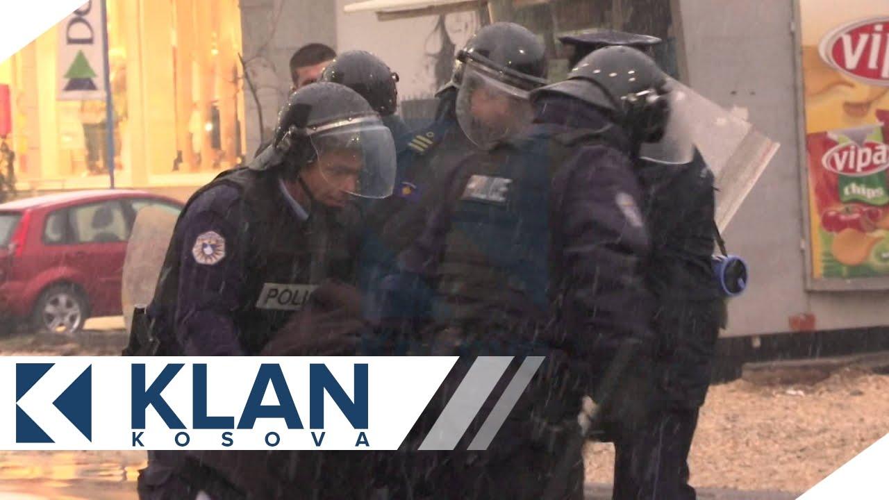 Peson edhe anetari me i ri i Vetevendosjes, Sami Kurteshi - 28.11.2015 - Klan Kosova