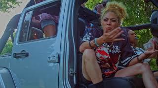 Layla Khepri - Smile And Wave (Official Video 2) dinle ve mp3 indir