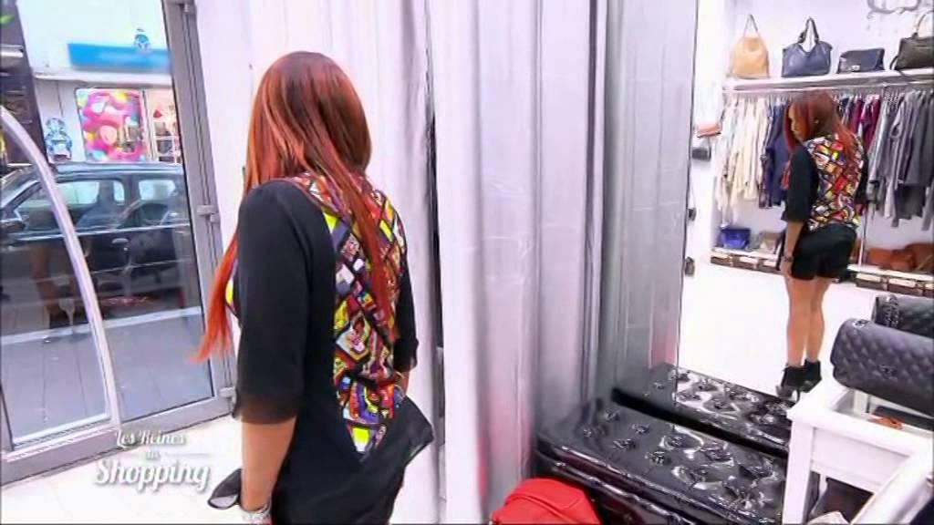 les reines du shopping sur m6 aventures des toiles mosa ques youtube. Black Bedroom Furniture Sets. Home Design Ideas