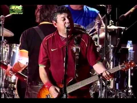 XUTOS & PONTAPES NO ROCK IN RIO 2006.avi