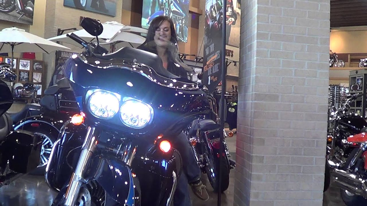 2013 Road Glide >> Whiskey River Harley-Davidson's Roadglide LED Headlamp - YouTube