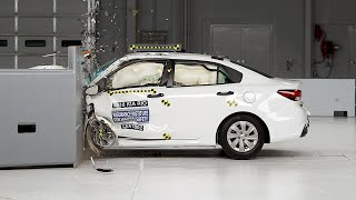 2018 Kia Rio driver-side small overlap IIHS crash test