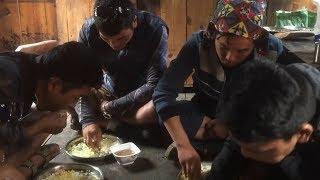 Тибетское княжество Ло Монтанг: главный специалитет далбат и гималайская кухня вообще.