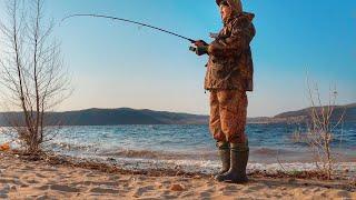 Ураганный клёв!!! Все ушли, а окунь пришёл! Весенняя рыбалка 2020 на спиннинг.