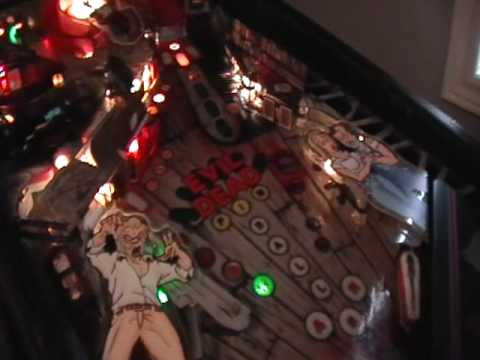 CUSTOM PINBALL MACHINE Evil Dead