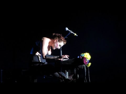 The Dresden Dolls - Missed Me - Live @ Blue Hills Bank Pavilion