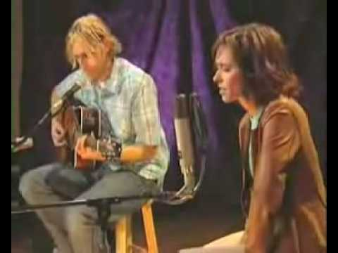 Jennifer Love Hewitt Me and Bobby McGee Acoustic Version