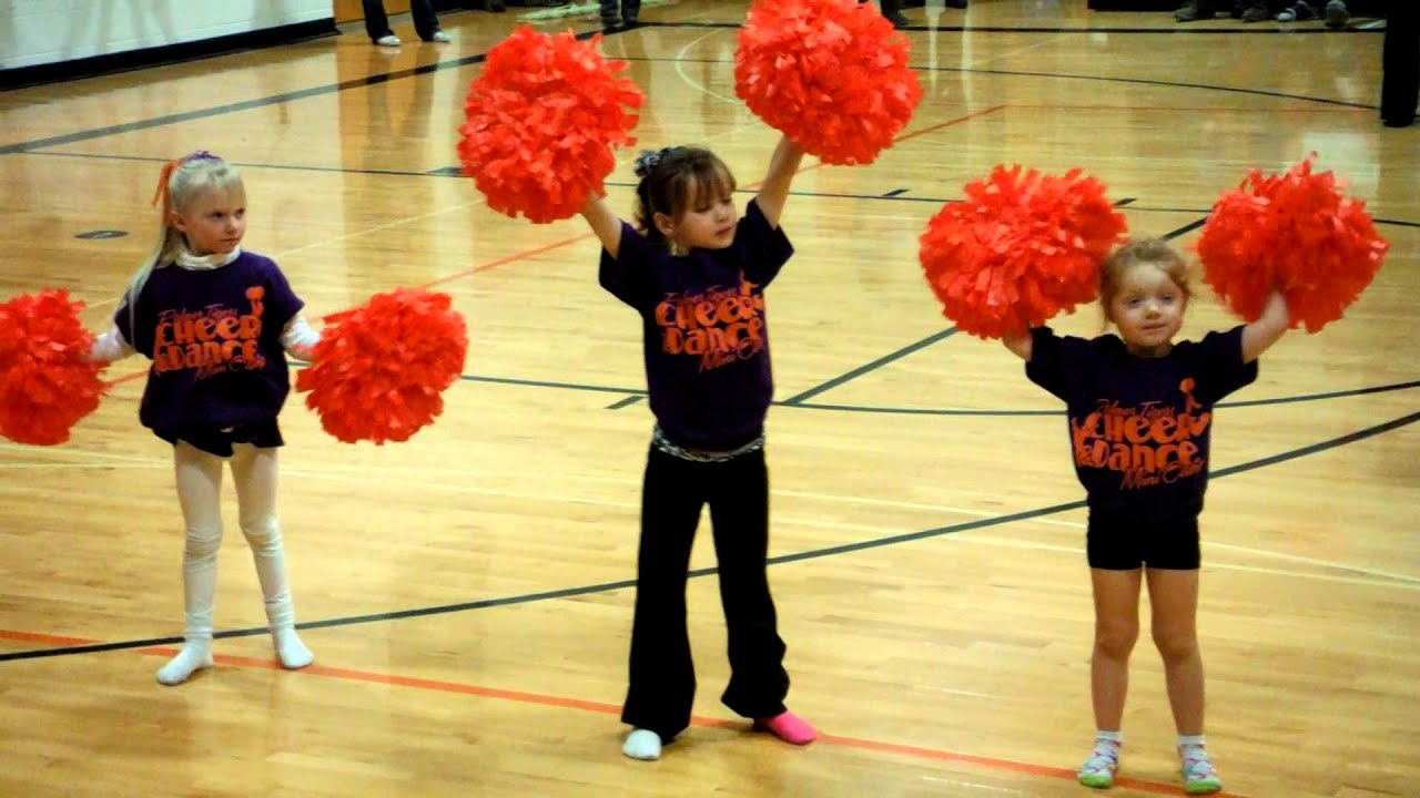 Ariana S Kindergarten Cheerleading Camp 1 26 13 Youtube