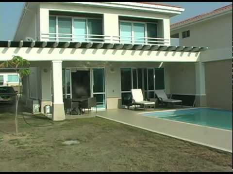 Casa del youtube for Casas jardin del mar