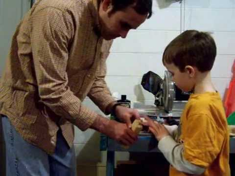 Building Ben S 2011 Pinewood Derby Car Youtube