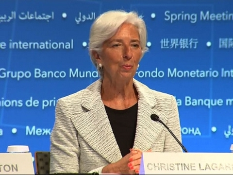 IMF Foresees Global Economy Accelerating
