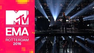 vuclip Lukas Graham – You're Not There / 7 Years (Live from the 2016 MTV EMAs)