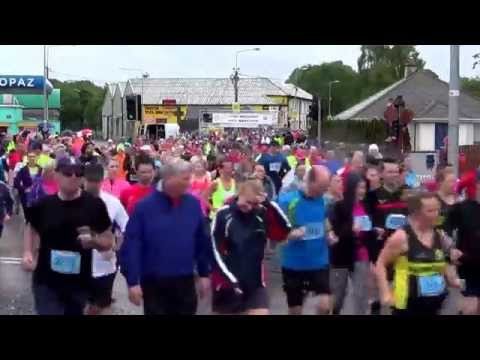 Start of the Irish Examiner Cork City Half Marathon 2015 (#2)