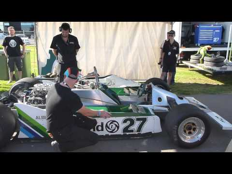 Williams FW07 F1 Start up