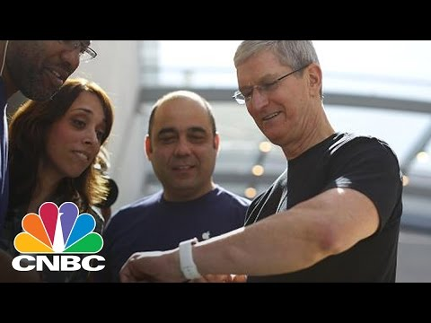 Tim Cook Allegedly Testing Glucose Monitor On His Apple Watch | Power Lunch | CNBC
