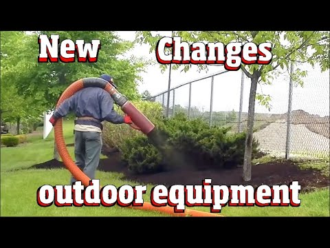 Whats new in equipment at the Illinois Landscape show sponsored by Martin Implement