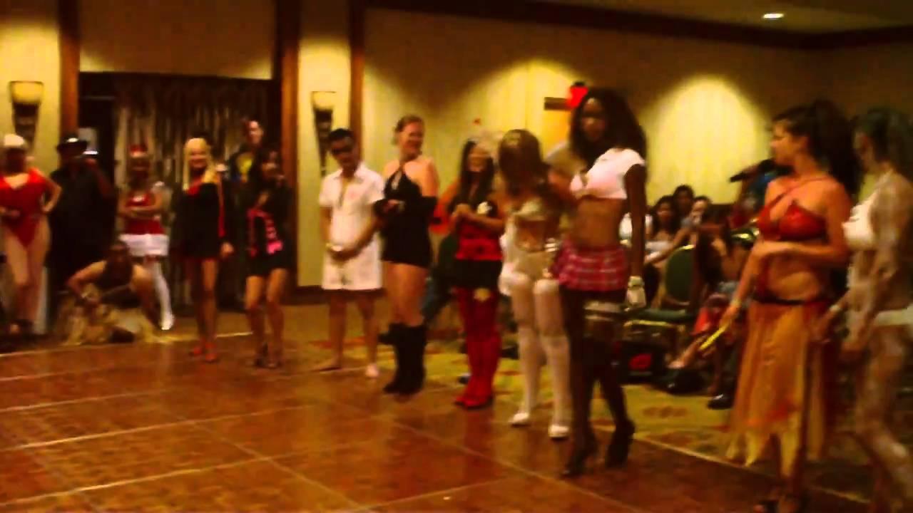 Watch - Hawaii Halloween pictures video