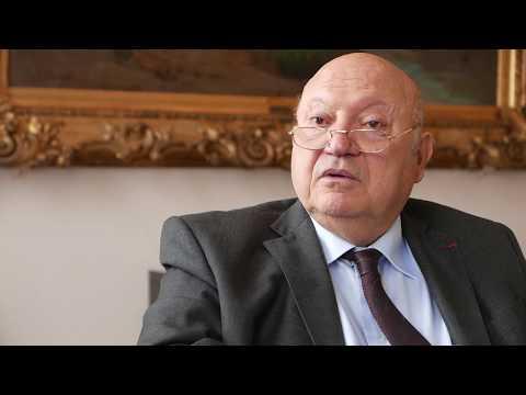 Interview d'André Santini, maire d'Issy-les-Moulineaux, sur la sécurité.