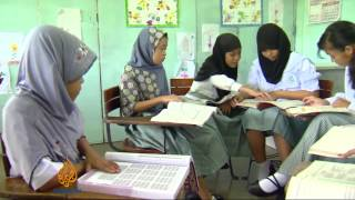 Video Philippine Muslims ask for education boost download MP3, 3GP, MP4, WEBM, AVI, FLV Maret 2017