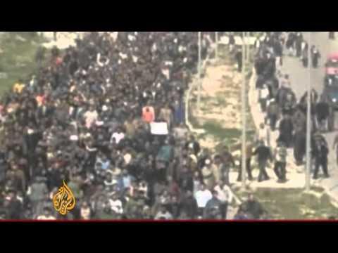 Libyan FM official phones Al Jazeera