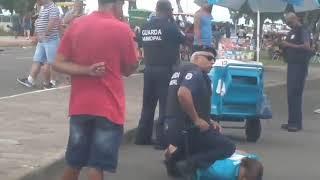 Três guardas municipais participaram de ação para prender idosa que vendia picolés em Porto Alegre.