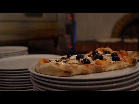 شاهد: مطاعم العاصمة الإيطالية روما تتحدى سياسة الإغلاق الحكومي بسبب فيروس كورونا…  - نشر قبل 15 ساعة