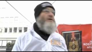 Islamhasser rastet am Lies! Infostand total aus